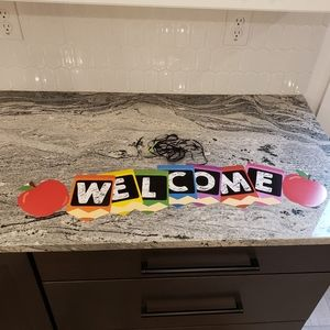 Back to school WELCOME apple crayon banner